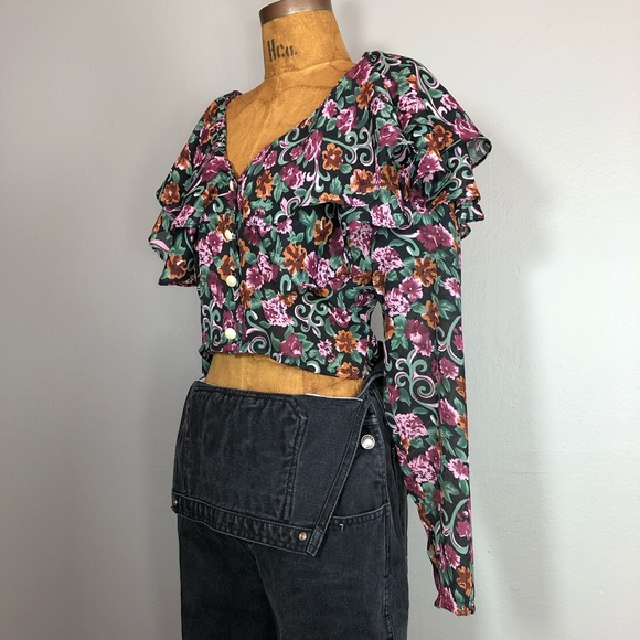 vintage 80s Fantaseas Collection floral lace ruffle crop top made in california USA